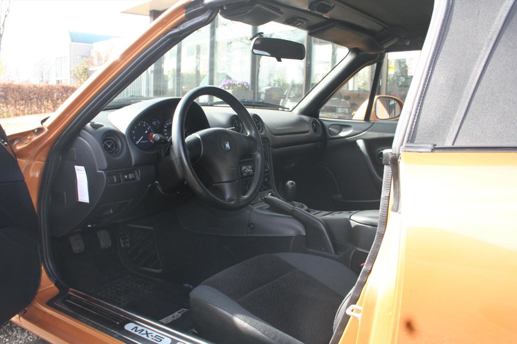 Mazda-MX-5-6